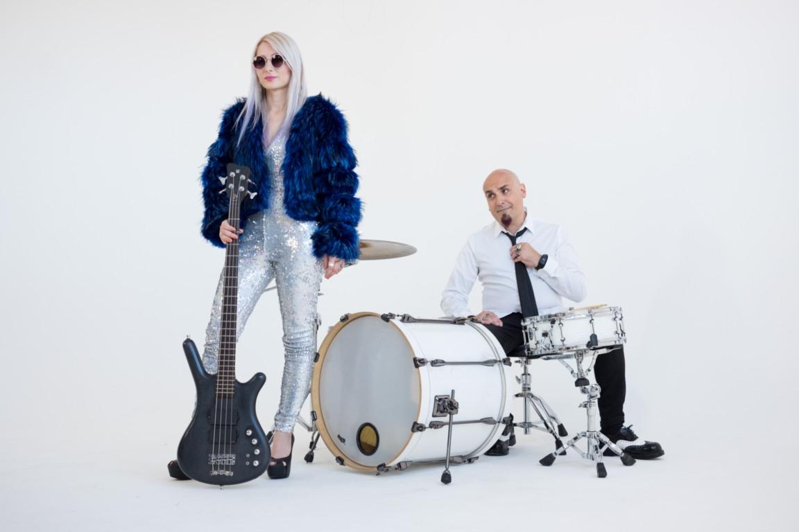 DIVARADIOSTAR - Anais Noir, basso, e Fabrizio Rovelli batteria
